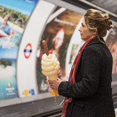 Ice Cream Tube (Mister Oy) Tags: davegreen oyphotos oyphotos fujixpro2 35mmf14 fujinon35mmf14 tube underground london transport train station bank waiting commute commuting lady woman