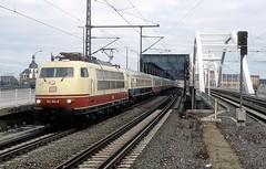 103 184  Ludwigshafen  04.02.07 (w. + h. brutzer) Tags: ludwigshafen eisenbahn eisenbahnen train trains elok eloks 103 e03 railway deutschland germany lokomotive locomotive zug db webru analog nikon