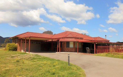 109 Sandy Creek Road, Mount Vincent NSW 2323