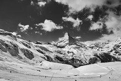 I-wish-you-a-Merry-Christmas ; The Matterhorn , the Symbol of Switzerland. Winter paradise . No. 4158. (Izakigur) Tags: iwishyouamerrychristmas swiss suiza suisia suizo suisse suïssa d700 dieschweiz nikond700 nikkor2470f28 svizzera سويسرا laventuresuisse lepetitprince myswitzerland landscape alps alpes alpen zermatt matterhorn cervin cervino switzerland schwyz ch lasuisse musictomyeyes nikkor nikon helvetia liberty izakigur flickr feel europe europa winter