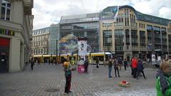 Berlin Hackescher Markt Bubble Worship