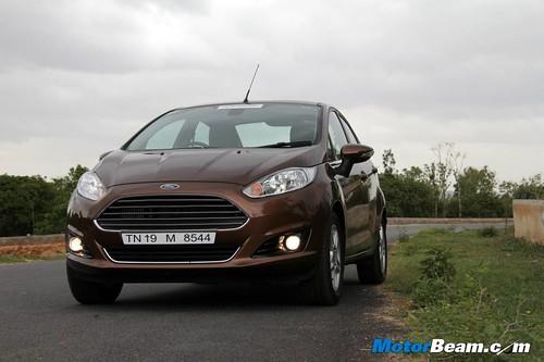 2014-Ford-Fiesta-26