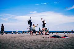 July 10th / 2014 (Gogakki) Tags: camera blue sea toronto beach ferry 35mm 50mm fuji snapshot snap photograph lakeshore fujifilm lakeontario seashore fujinon xf xt1