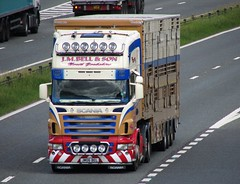 J.M. Bell & Son JM06 BEL (NORTH EAST TRUCK PHOTOS) Tags: cattle livestock v8 scania livestockhaulier cowtrailer skitterbox