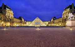 The Louvre (nabilishes [on and off]) Tags: red paris france seine frankreich louvre cityoflights musedulouvre thelouvre louvremuseum cournapoleon richelieuwing denonwing michelangelopistoletto sullywing grandlouvre louvrepalace nabilishes nabilza grandlouvrepyramid