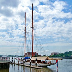 Yacht (redhorse5.0) Tags: ocean water sailboat boats dock savannahriver savannahgeorgia sailingyacht bluewatersailing sonya850 redhorse50