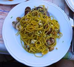 spaghetti and clams in Venice Italy (Fuzzy Traveler) Tags: venice italy restaurant wine seafood spaghetti spritz friedfood