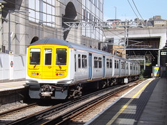 Repainted 319 (matty10120) Tags: london train underground fcc capital transport first rail railway farringdon connect 319 319010