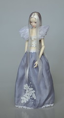 _DSC0017 (Jolly smiley) Tags: doll hand dress made resin enchanted