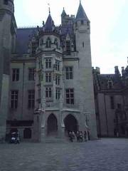 mot-2005-berny-riviere-118-chateau-de-pierrefonds_450x600