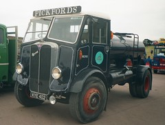AEC Monarch KYE402 Pickfords tanker (Shaun Ballisat Transport Photography) Tags: classic truck vintage lorry commercial vehicle vans trucks van tanker lorries aec pickfords aecmonarch