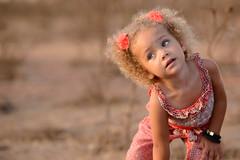 Elle a tout d'une grande (WiLPrZ) Tags: africa summer girl nikon child morocco maroc littlegirl marruecos rabat d800 70200mm temara nikon70200mm harhoura nikon70200mm28 nikond800 nikon70200mm28vrii