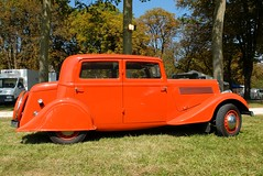 BERLIET 1144 (Profil) (xavnco2) Tags: orange classic cars car sedan french automobile antique autos saloon berline berliet 1144 berlina