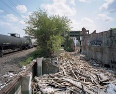 (.tom troutman.) Tags: ohio abandoned 120 mamiya mediumformat industrial kodak cleveland 7 oh 6x7 ektar