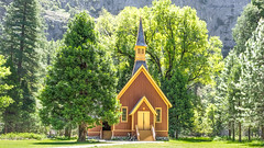 Yosemite Valley Chapel (Motographer) Tags: california summer usa point nationalpark spring chapel olympus el glacier valley yosemite halfdome mariposa omd capitan em1 elportal motographer mzuiko 1240mmf28pro fotografikartz motograffer