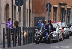 When in Rome... | TrinDiego (TrinDiego) Tags: street travel people rome colours candid strangers style catchy trindiego