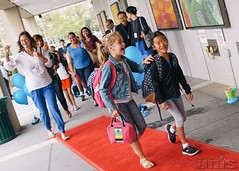 first-day-of-school-2016-4_28903253314_o (UNIS IT) Tags: admin faculty firstdayofschool school students unis