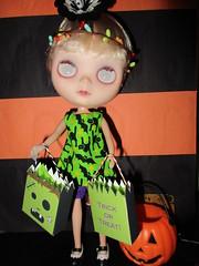 Spooky vampire girl!