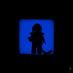 Shadow (246/100) - Hockey (Ballou34) Tags: 2015 650d afol ballou34 canon eos eos650d flickr lego legographer legography minifigures photography rebelt4i stuckinplastic t4i toy toyphotography toys rebel stuck plastic 2016 photgraphy blackwhite light shadow enevucube minifigure 100shadows hockey sport