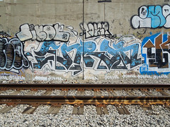 (gordon gekkoh) Tags: enron hcm lisoe toast yosh eastbay graffiti