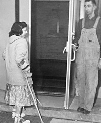 KAFO polio girl (jackcast2015) Tags: handicapped disabledwoman crippledwoman paralysed poliogirl legbraces calipers infantileparalysis polio crutches
