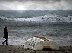 Una mattina.......... (Nana ;-))) Tags: mar chica viento barca soledad textura retrato sadness lonelyness woman boat beach waves olas texture playa cielo canvas paint lienzo
