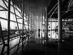 airportreflections (@mmanni) Tags: porto airport flughafen reflections bw blackandwhite openspace publicspace