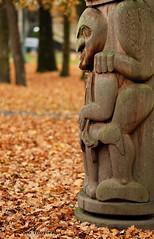 Totem - Minoru XP5633e (Harris Hui (in search of light)) Tags: harrishui fujixpro2 digitalmirrorlesscamera fuji fujifilm vancouver richmond bc canada vancouverdslrshooter mirrorless fujixambassador xt1 fujixcamera fujixseries fujix fuji90mmf2 fujiprimelens fixedlens totem totempole aboriginalart aboriginal firstnation art sculpture minorupark