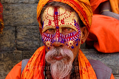 Sadhu, Pashupatinath (Bertrand de Camaret) Tags: nepal pashupatinath sadhu religion portrait vaisage bertranddecamaret peinture homme man indien hindou hindu orange ngc nationalgeographic symbole