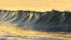 Ola al atardecer (Mimadeo) Tags: wave sunset solitary lonely one evening dusk dawn red orange breaking seascape beautiful sea ocean water coast small waves splash shore nobody seashore crash splashing