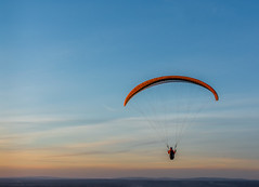 Sunset flight (tom ballard2009) Tags: hangglider southdowns fly flying sky blue sunset sussex sport ditchling beacon