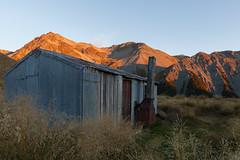 Crooked Spur Hut (jonathan.aotearoa) Tags: newzealand canterbury hut doc tramping departmentofconservation teararoa twothumbsrange tekahuikaupekaconservationpark crookedspurhut
