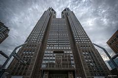 Toward the sky: 空へ向かって (uemii2010) Tags: japan architecture tokyo shinjuku hdr canonefs1022mm photomatix cooljapan canoneos450d hdrjapan canoneoskissx2 canoneosrebelxsi topazadjus