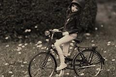 Flirting With The Camera (Red Ribboned Dolls) Tags: summer bicycle garden redribbon chloe retro bjd fairyland abjd auri mnf minifee