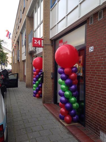 Ballonpilaar Breed Rond Gezondheidscentrum Mariatraat Rotterdam