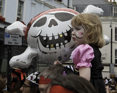 One Girl & Her Skull Balloon (lightfran) Tags: costumes sea summer england fun skull costume seaside pirates balloon dressingup pirate theme hastings facepaint fancydress skullandcrossbones pirateday eastsusses hastingspirateday pirateday2014 hastingspirateday2014