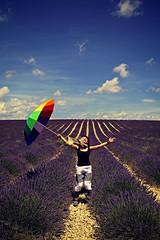 What a Wonderful World... (rogilde - roberto la forgia) Tags: travel light summer sky france clouds canon fly hp nuvole purple path go natura vai cielo luci provence marypoppins sentiero colori francia infinite luce spettacolo endless provenza energia gioia vola lavanda abbraccio entusiasmo valensole fioritura carica trasmette