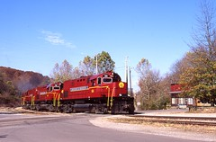 Mountaintop Alcos (Ayar Talore) Tags: am missouri arkansas winslow alco c420