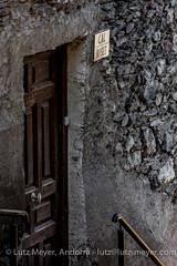 Andorra rural: Vall d'Orient: Encamp (lutzmeyer) Tags: pictures old summer history rural sunrise photography europe dorf village photos pics alt sommer pueblo august images historic oldhouse agosto fotos verano below baixa past sonnenaufgang unten historia andorra agost antic oldhouses bilder imagen pyrenees iberia historie estiu pirineos pirineus iberianpeninsula vell geschichte landleben pyrenen antik historique historisch imatges rurallife poble alteshaus encamp geschichtlich historiccentre iberischehalbinsel historischeszentrum sortidadelsol lesbons canoneos5dmarkiii valldorient vallorient livingantic livingrural encampcity lndlichesleben lutzmeyer lutzlutzmeyercom