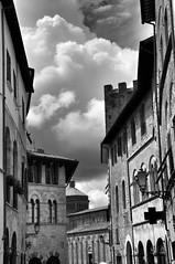 Gewitterwolken über Massa Marittima