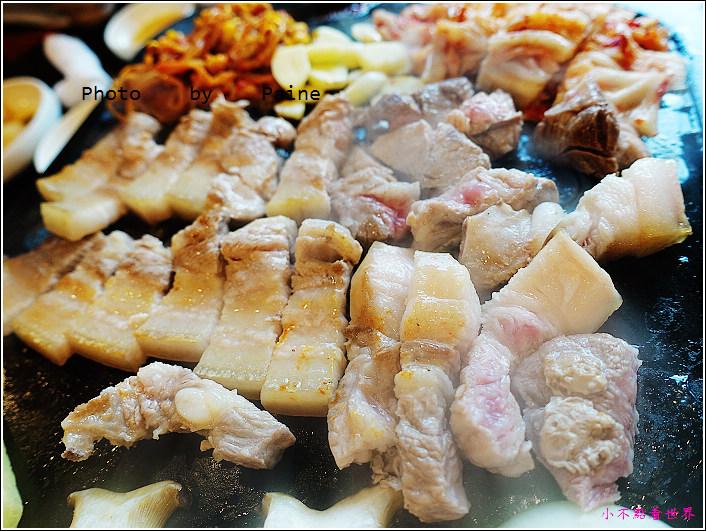 濟州島黑豬肉烤肉一條街-香氣烤肉 (28).JPG