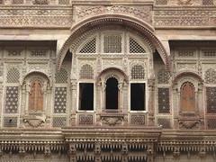 "fort Jodhpur <a style=""margin-left:10px; font-size:0.8em;"" href=""http://www.flickr.com/photos/83080376@N03/15046945578/"" target=""_blank"">@flickr</a>"