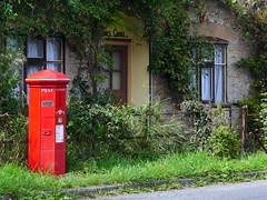 Barnes Cross, Dorset (Oxfordshire Churches) Tags: barnescross holwell sherborne dorset royalmail postboxes letterboxes mailboxes panasonic lumixgh3 england uk unitedkingdom ©johnward vr pillarboxes pb10013b dt94 johnmbuttco kingsholmironworksgloucester victorian oldestpostboxintheuk anthonytrollope explore explored inexplore