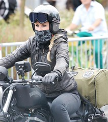 2014-05-24 S9 JB 77764#cok20ht30 (cosplay shooter) Tags: harleylady harley harleydavidson motorcycle moto motorrad v2 harleydomecologne 2014 köln cologne nrw germany allemagne 2500z x201701