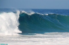 ZB2660 (mcshots) Tags: ocean california travel summer usa beach coast surf waves stock tubes socal breakers mcshots swells combers losangelescounty southswell