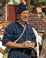 WWII character having a well earned cup of tea, at the Military Odyssey. (Trojan Photography) Tags: history dark greek photography costume military wwii historic age period hdr weapons reenactor reenactors livinghistory ancientgreek militaryodyssey handheldhdr d2xs historicalreenactors detlingkent hdrnikon militaryreenactors periodweapons periodreenactors