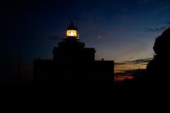 Faro del fin de la tierra (MigueR) Tags: españa galicia lacoruña finisterre faro mar nubes cielo atardecer fuji xt1 fisterra