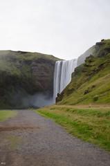 Skogafoss (Yunadetoi) Tags: islande iceland voyage paysage landscape cascade skogar skogafoss