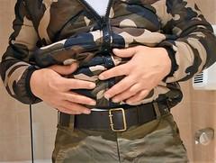 bmb04 (armybelt007) Tags: leatherbelt leatherandjeans armybelt militarybelt wideleatherbelt camopants camobomberjacket beltfetish beltandjeans