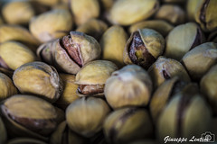 Mouth Watering: pistachios (PinoShot) Tags: mouth watering pistachios pistacchi acquolina bocca cibo food frutta secca still life dried fruit china cina oriente east